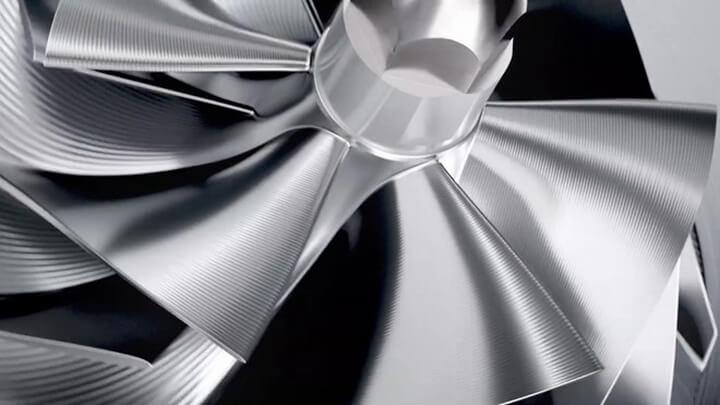 Hình ảnh cánh quạt xuất hiện trong video clip khiến nhiều người chắc chắn mẫu xe này sẽ được trang bị động cơ siêu nạp.