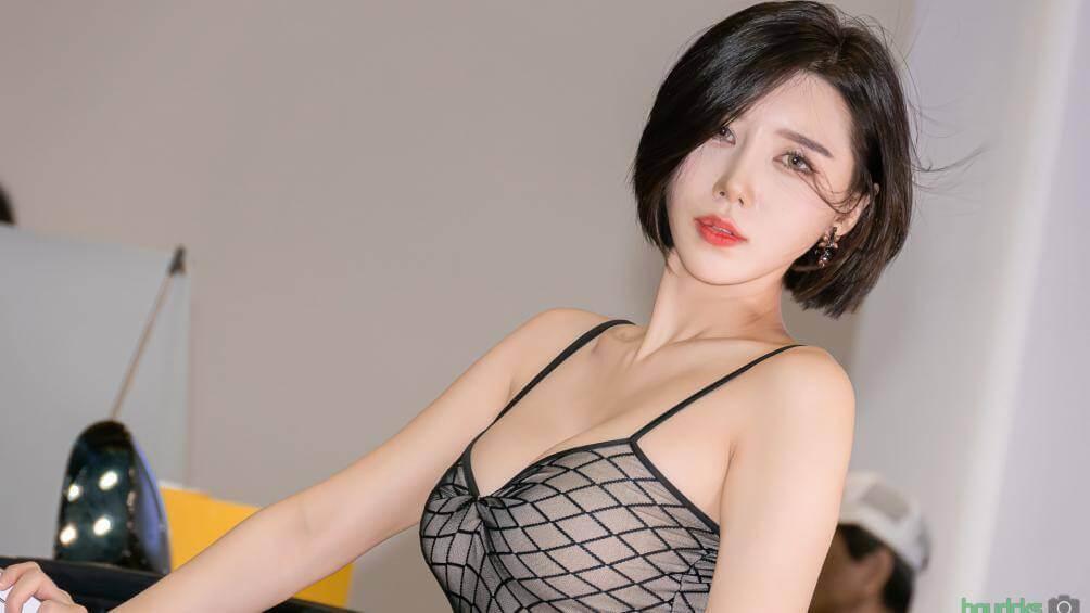 """Song Jooa mẫu xe trong trang phục nóng bỏng """"áp bức vòng 1"""" 34"""